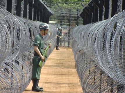 Khung cảnh phục dựng ở địa điểm nhà lao Cây Dừa (Ảnh: ST)