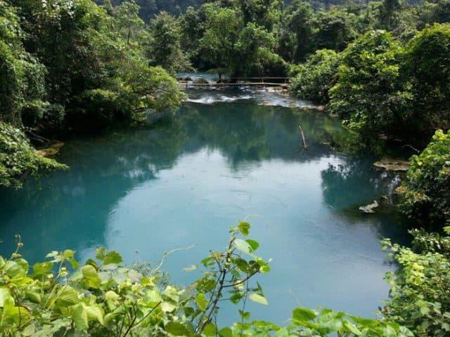 Suối nước xanh trong - Thiền viện Trúc Lâm Bạch Mã Huế