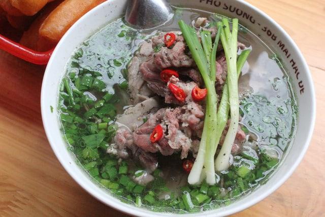 Thịt bò ở phở Sướng được đánh giá là ngon nhất nhì Hà Nội