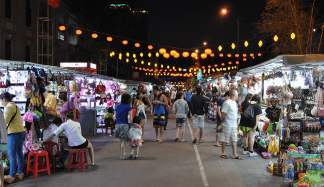 chợ đêm ở nha trang tự túc