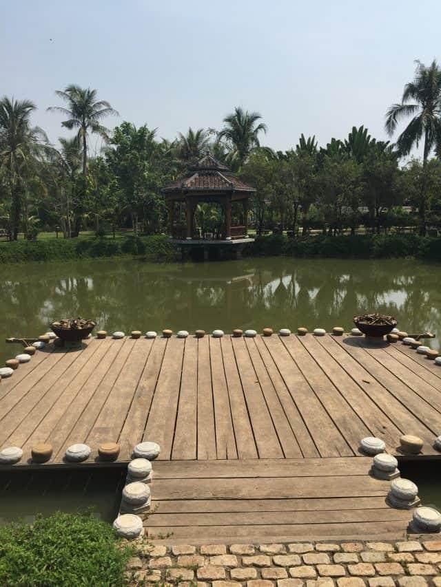 Quanh cảnh bảo tàng áo dài Sài Gòn