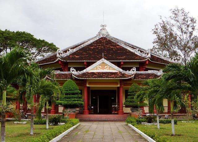 Điện thờ Tây Sơn Tam Kiệt (Ảnh: ST)