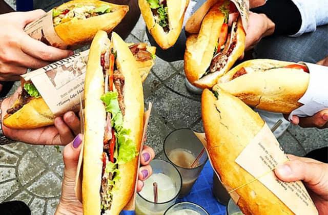 Bánh mỳ Hội An – Bánh mỳ cô Phượng ngon nức tiếng (Ảnh: ST)