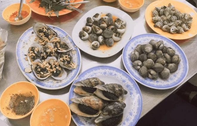 Ốc là một món ăn phổ biến ở Sài Gòn (Ảnh ST)