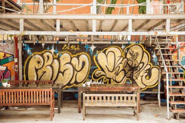 Có nhiều bức tranh Garffiti đẹp, độc đáo tại Saigon Outcast