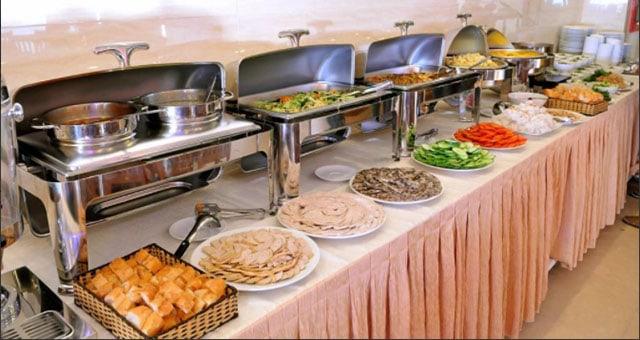 Nhà hàng Âu - Á ngay trong khách sạn
