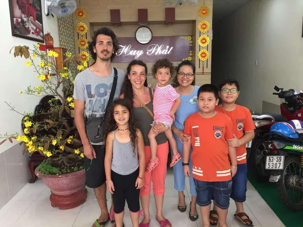 Hình ảnh được chụp tại khách sạn Huy Phát Hotel