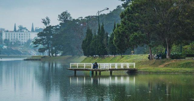Địa điểm vui chơi Đà Lạt - Hồ Xuân Hương 01