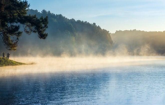 Một nét đẹp tuyệt mỹ vào buổi sáng sớm trên mặt biển. (Ảnh ST)