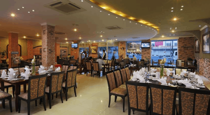 Hình ảnh nhà hàng sang trọng tại khách sạn Kim Đô