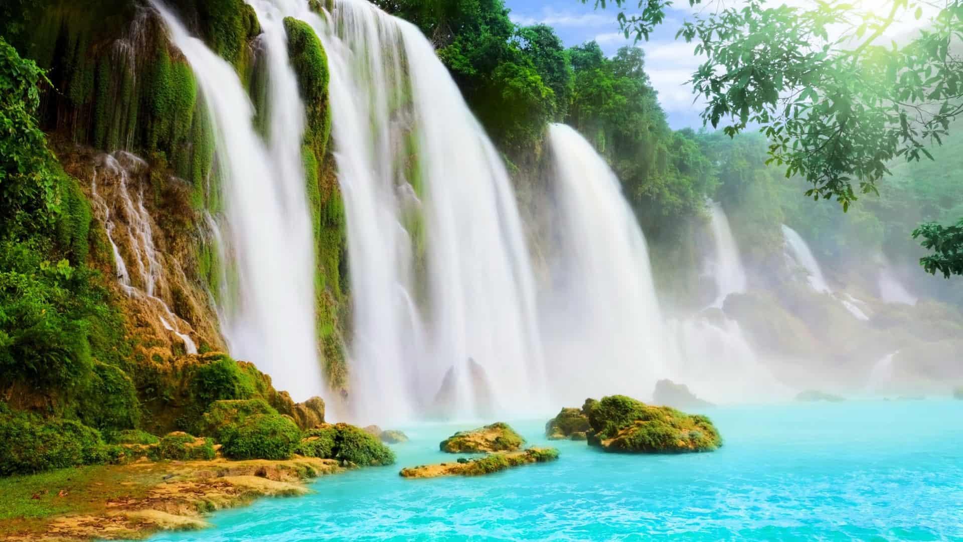 Ảnh chụp một thác nước nhỏ ở huyện Krông Năng. (Ảnh ST)