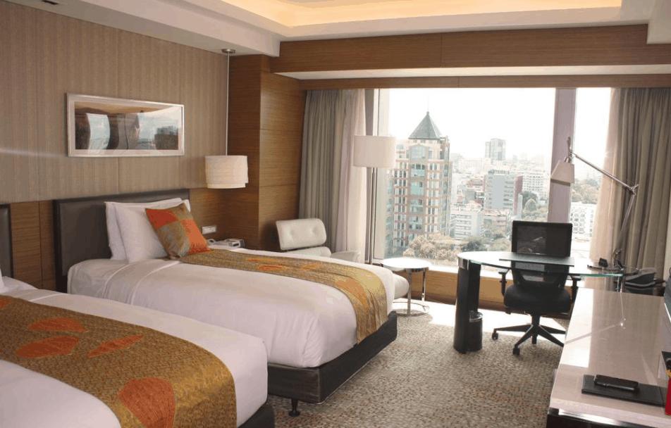 Không gian phòng nghỉ tại khách sạn InterContinental Asiana Saigon
