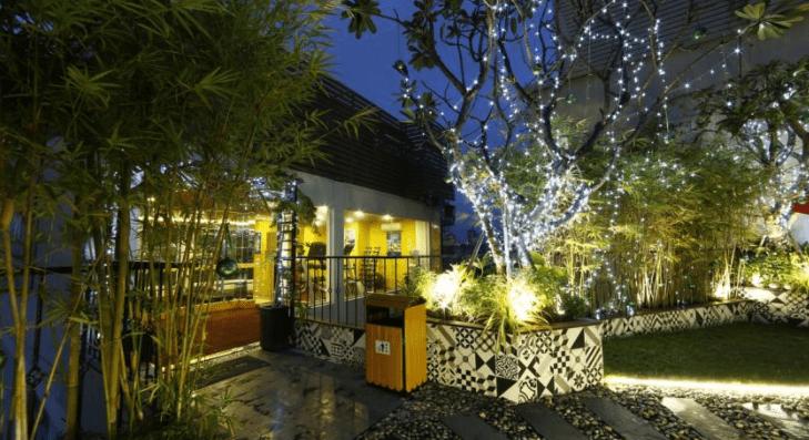 Không gian xanh mát tại khách sạn Alagon Central & Spa