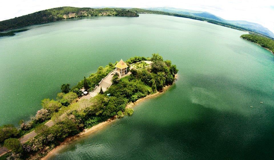 Ảnh Biển Hồ ở Pleiku chụp từ trên cao. (Ảnh ST)