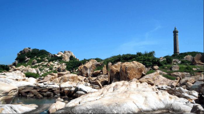 Ngọn hải đăng cổ xưa nhất Việt Nam