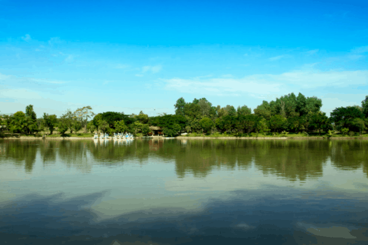 Phong cảnh hồ Mẫu Tử của khu du lịch