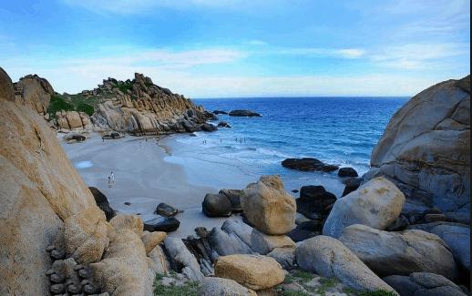 Vẻ đẹp hoang sơ của hòn đảo được ít người biết đến