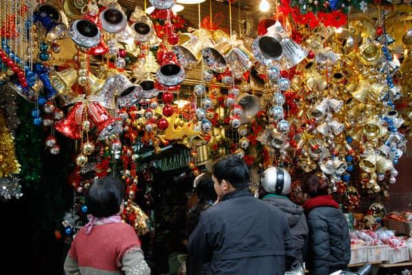 Bỏ túi 5 địa điểm mua quà Giáng Sinh ở Hà Nội vừa đẹp vừa hợp túi tiền