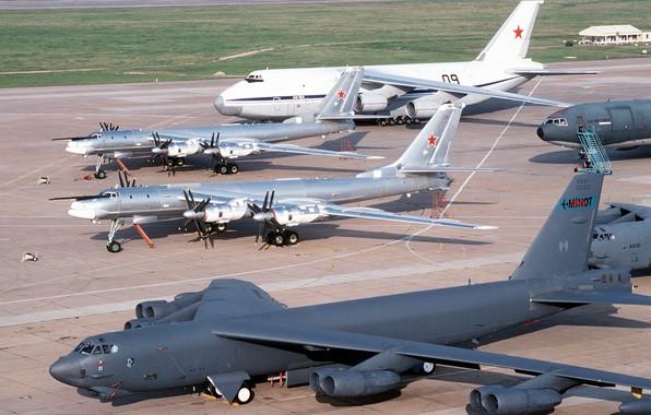 Sân bay Cam Ranh trước đây là sân bay quân sự (Ảnh ST)