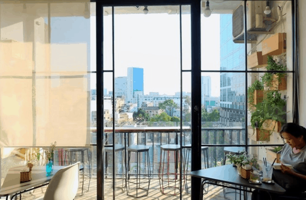 Tại chung cư 42 có nhiều quán cà phê view đẹp