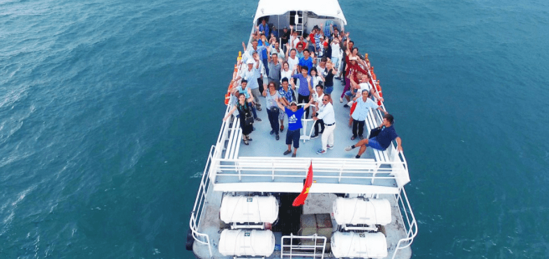 Tận hưởng chuyến du lịch Phú Quốc bằng tàu