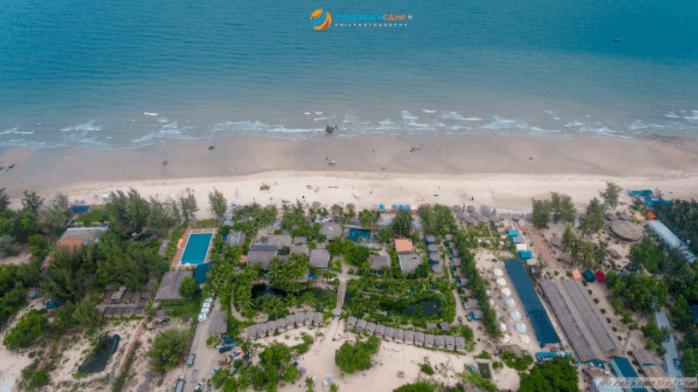 Bao quát cảnh khu du lịch Coco Beach Camp