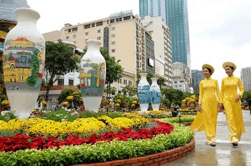 Đường hoa Nguyễn Huệ tập trung rất nhiều loại hoa đẹp