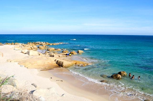 Bãi biển hoang sơ tại Hòn Một (Ảnh ST)