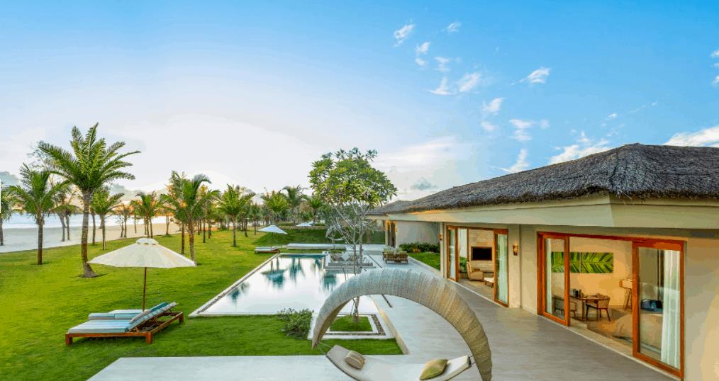 Khu nhà nghỉ có lối kiến trúc đơn giản, hòa hợp với thiên nhiên