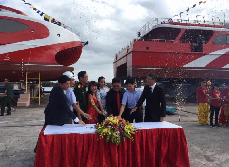 Lễ hạ thủy tàu Phú Quốc Express