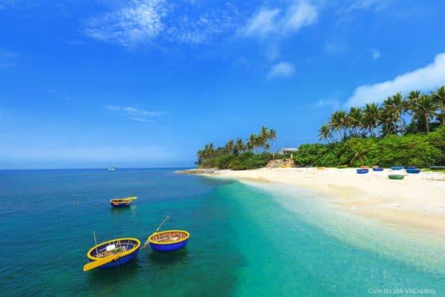 Cảnh biển tươi đẹp đảo Lý Sơn (Ảnh ST)