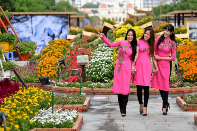 Một góc đường hoa Nguyễn Văn Trị