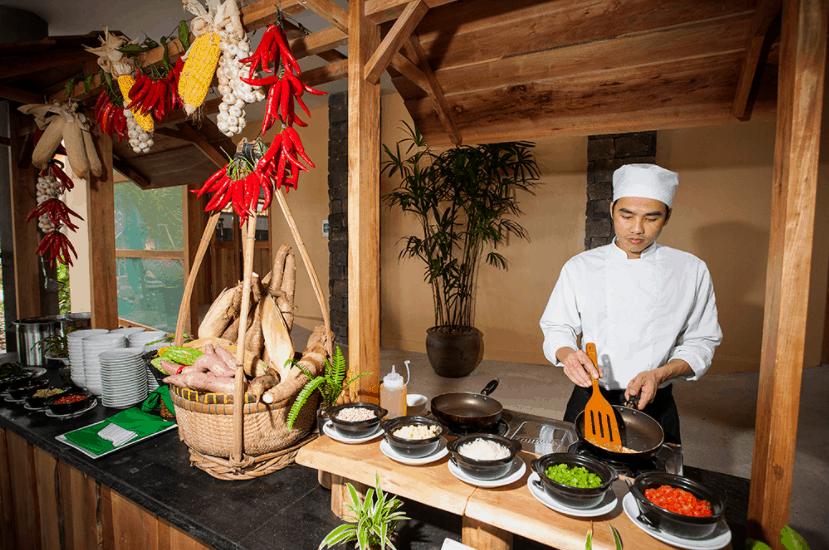 Thưởng thức món ăn dân dã tại nhà hàng Green Bay