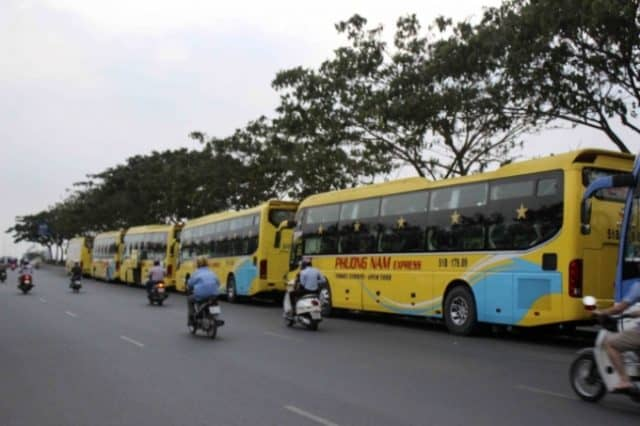Xe khách Phương Nam tại bến xe Nha Trang đi Sài Gòn(Ảnh ST)