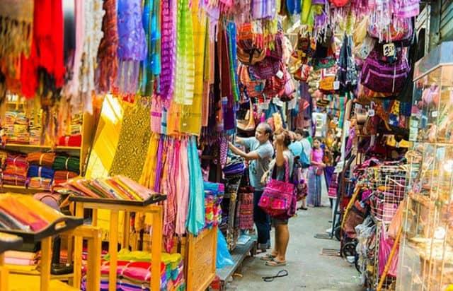 Chợ cuối tuần Chatuchak (Ảnh ST)