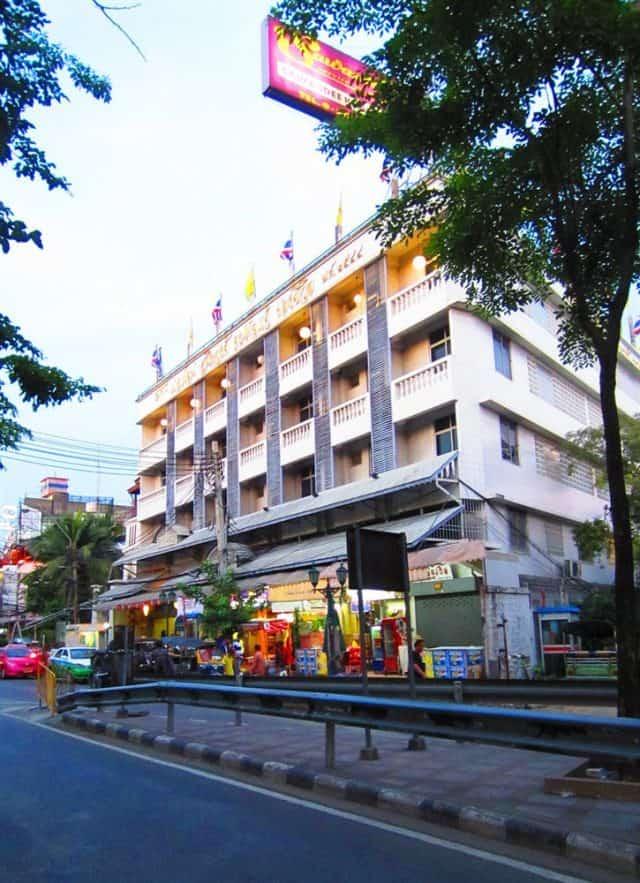 Sawasdee Khaosan Inn Hotel (Ảnh ST)