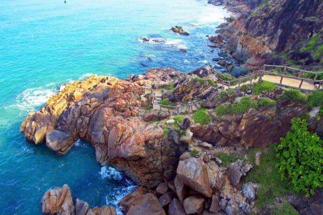 Bãi đá lẫn dưới nước cực đẹp chỉ có ở Hòn Sẹo (ẢNH ST)