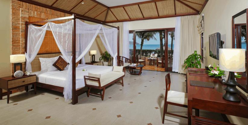 Phòng ngủ hướng biển của resort