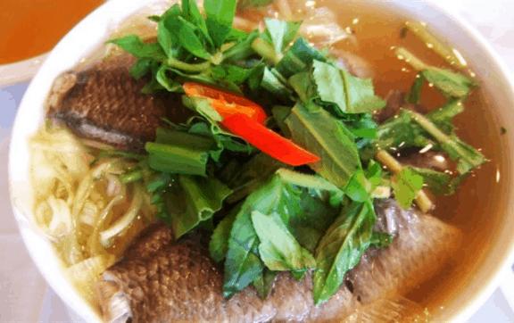 Đặc sản canh chua cá linh bông so đũa