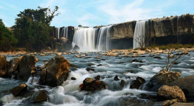 Cụm thác nổi tiếng nhất nhì ở vùng núi Tây Nguyên (ẢNH ST)