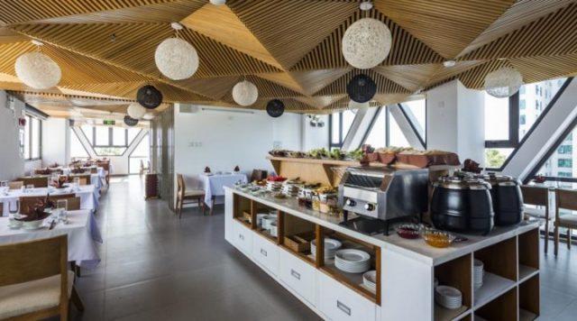 Nhà hàng trong Dinh thự phục vụ khách du lịch (Ảnh ST)