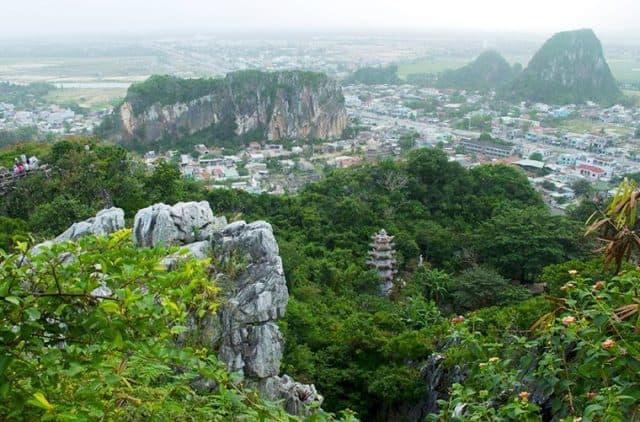 Ngũ Hành Sơn một trong những điểm đến hấp dẫn của Đà Nẵng (Ảnh ST)