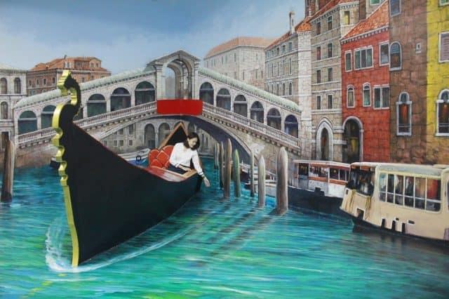 Du lịch Venice trong khu Thế giới