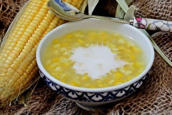 Điểm danh những đặc sản hương vị thơm ngon thuộc về xứ Huế