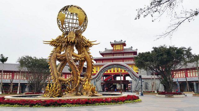 Vui chơi tại Công viên Rồng