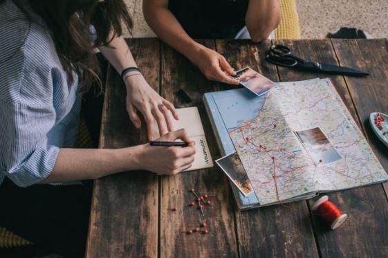 lên kế hoạch cho chuyến đi du lịch