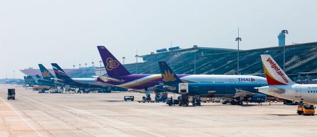 Máy bay là phương tiện thuận tiện nhất để tới Thái Lan (Ảnh ST)