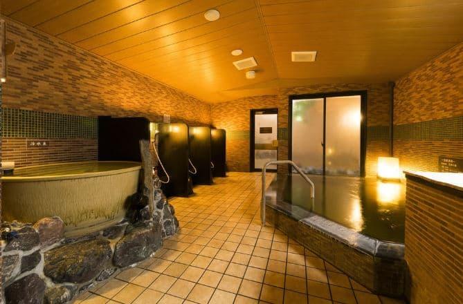 bồn tắm thủy lực tại khách sạn Dormy Inn Umeda Higashi Natural Hot Spring
