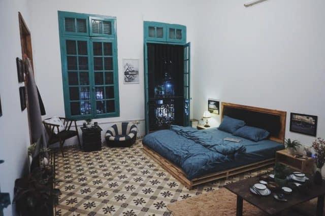 Phòng ngủ thiết kế như ngôi nhà xưa (Ảnh: ST)